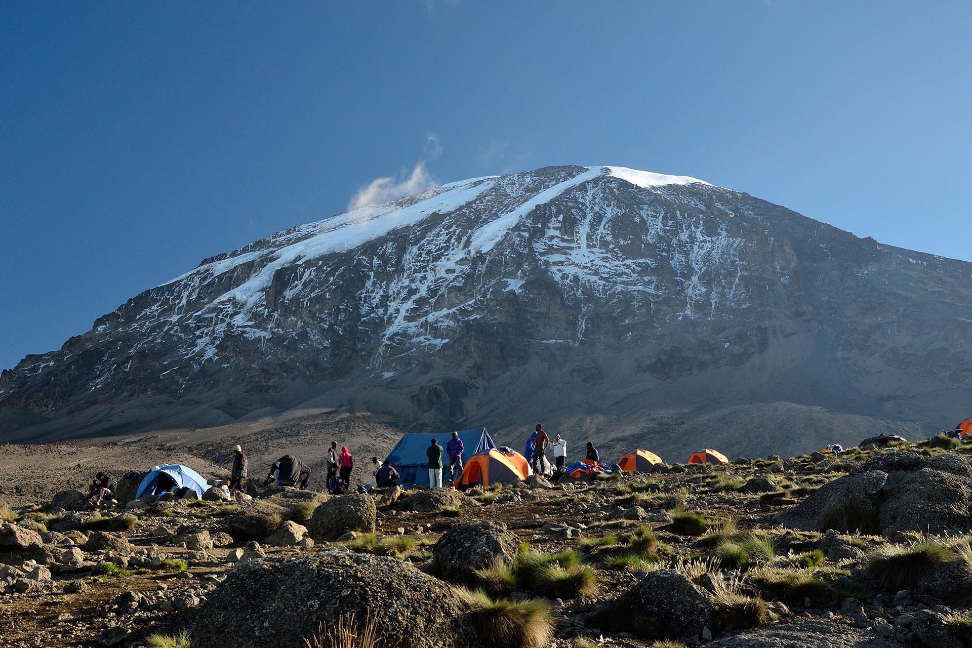 mt-meru-trekking-itineraries-maasai-wanderings-tanzania-africa